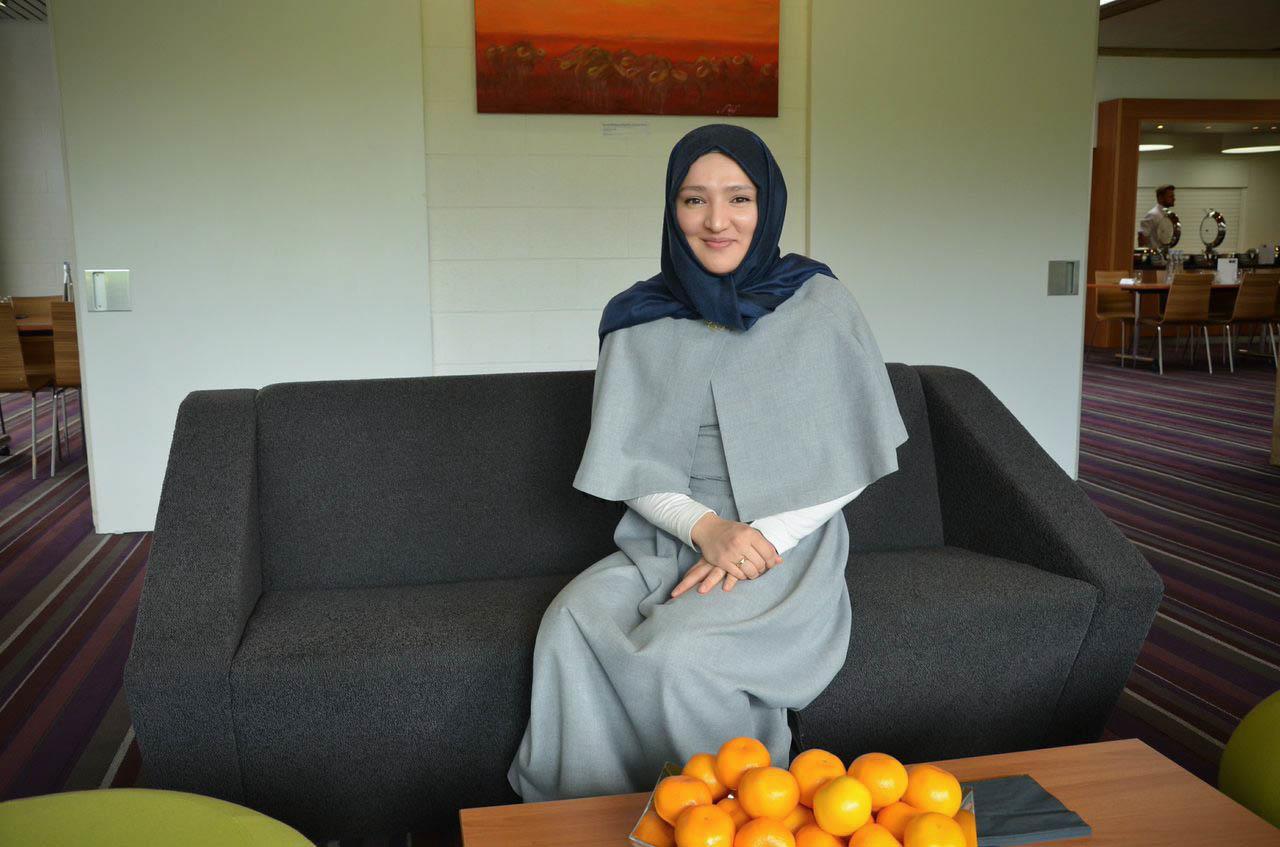 Muslimischer mann sucht frau Single party karussell leer - free online dating sites chat